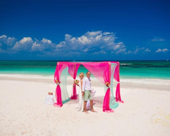 Свадьба в Мексике. Церемония на пляже
