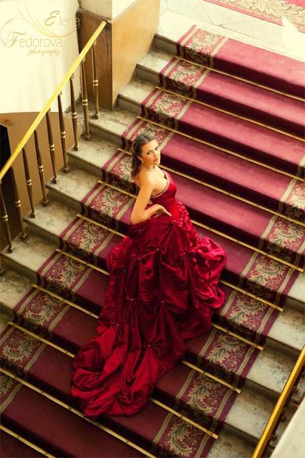 свадебное платье красное