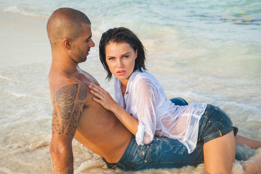сексуальная фотосессия летом на пляже