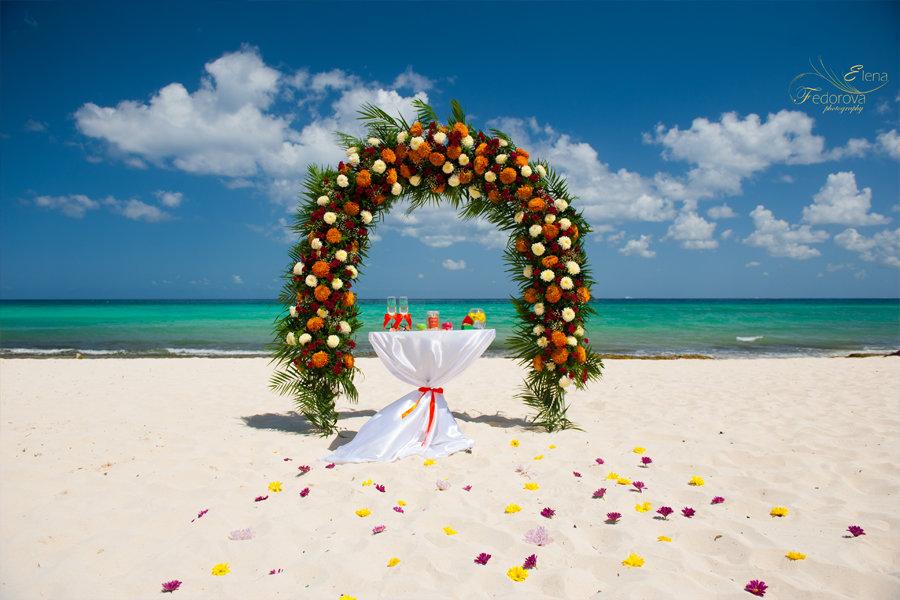 свадебная арка цветочная