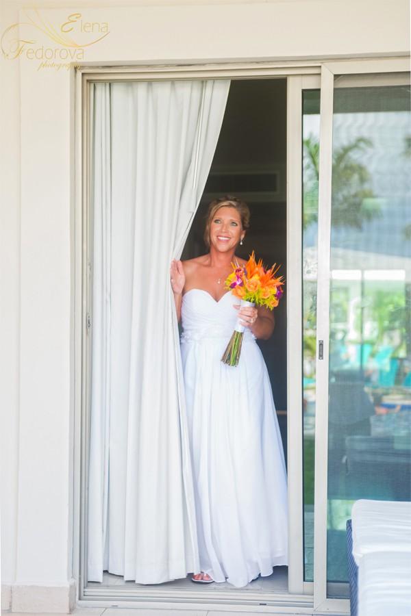 проход невесты к церемонии