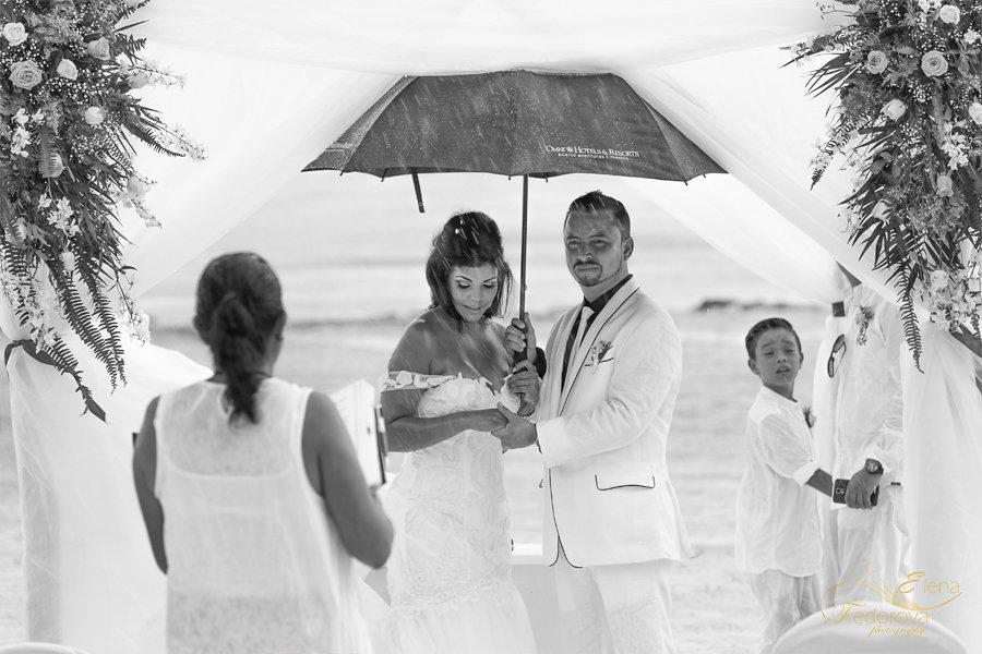 свадьба под дождем фото