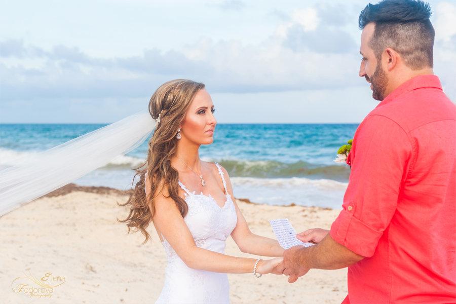 свадебная фотография на пляже в мексике