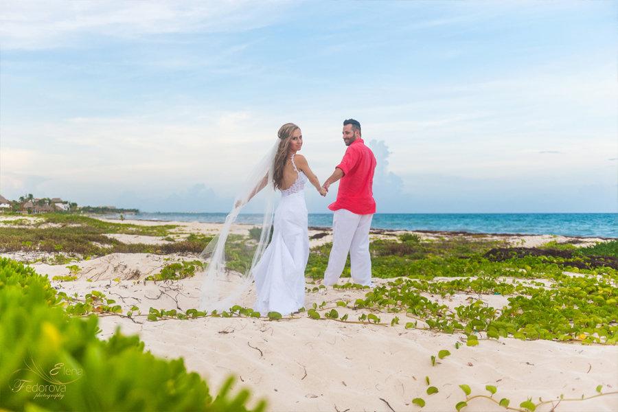 свадебное фото на пляже