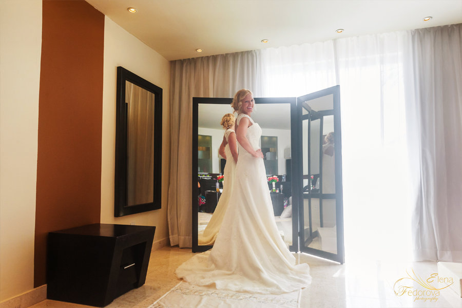 фото невесты перед зеркалом