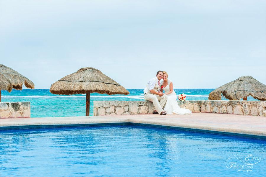 свадебная фотосъемка у бассейна