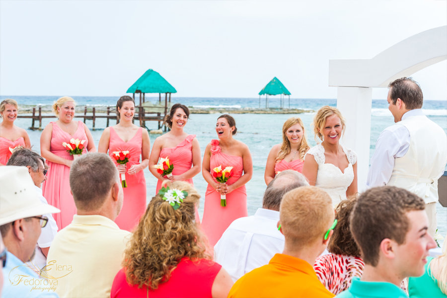 свадебное фото церемонии на пляже тулум