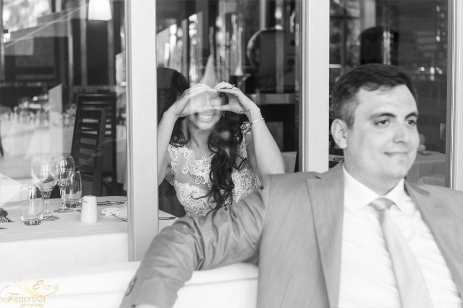 черно белое фото жениха и невесты
