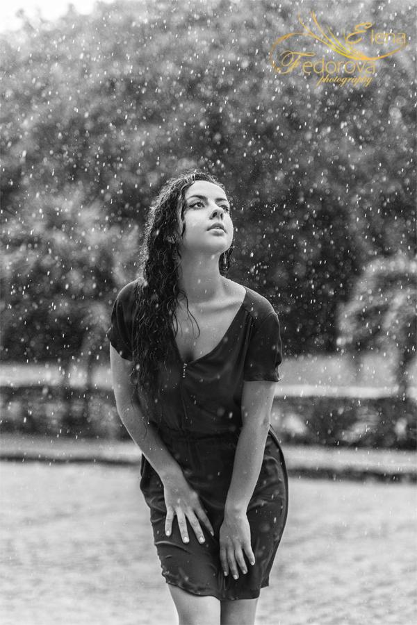 фото под дождем черно белое
