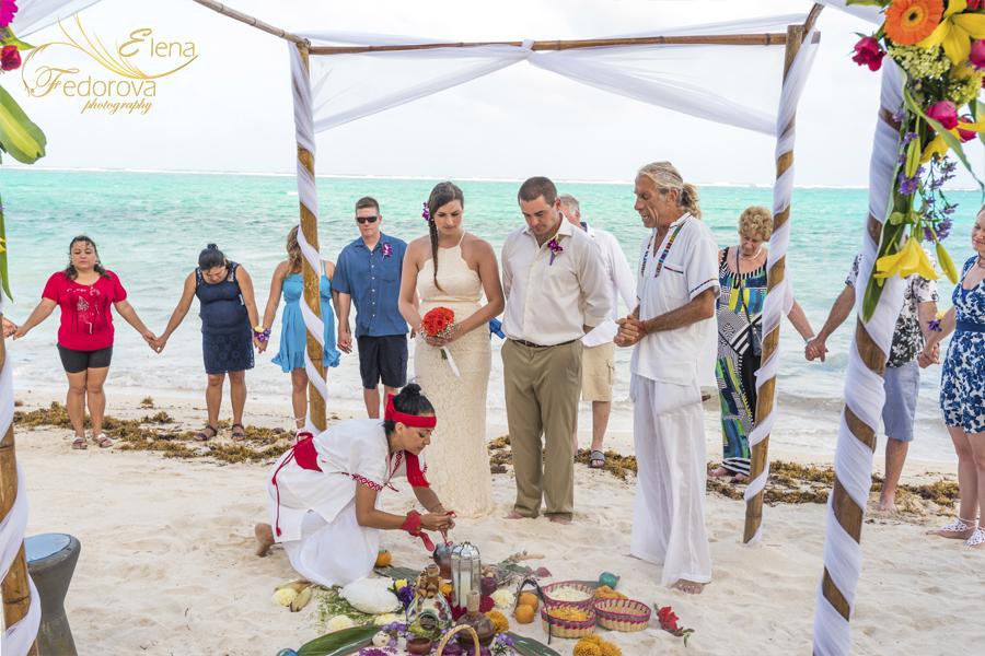 духовная свадебная церемония на пляже