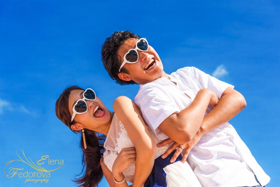 веселео фото молодой пары