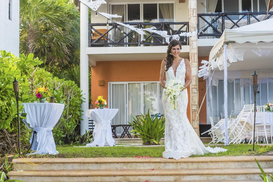 невеста идет к алтарю