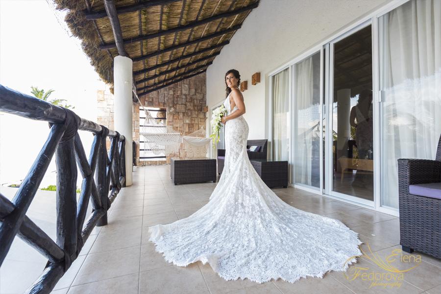 портрет невесты в платье