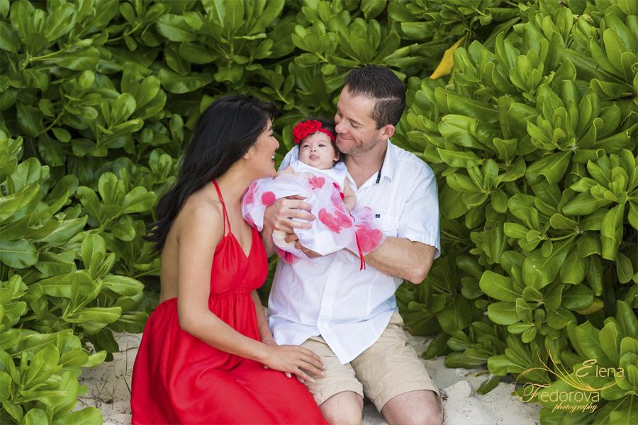 семейная фотосессия с маленьким ребенком в канкуне