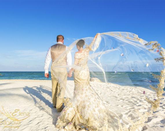 Свадьба на курорте Secrets Silversand Riviera в Мексике