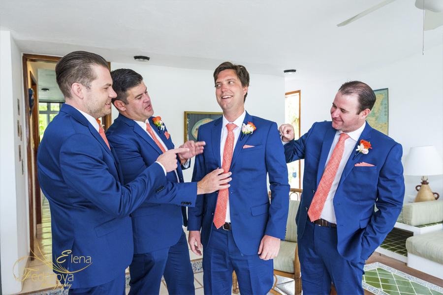 свадьба на вилле в мексике жених и друзья