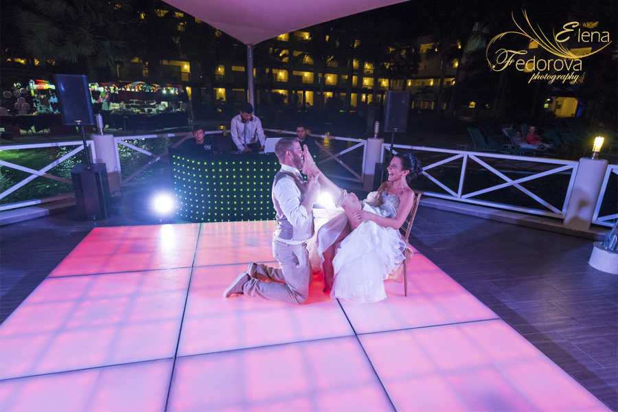 свадьба в мексике на курорте празднование