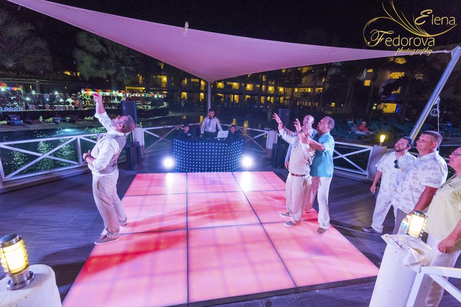 свадьба в мексике на курорте веселье