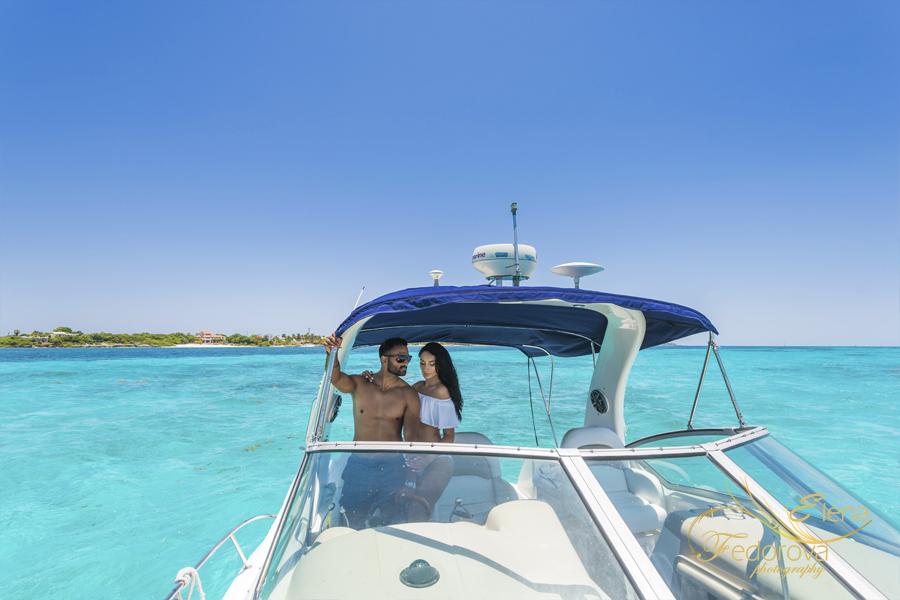 фото на яхте модели пара