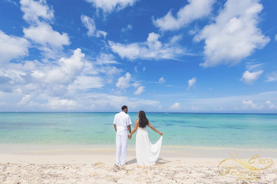 фотосессия на годовщину свадьбы в свадебном платье