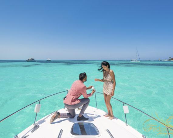 Предложение руки и сердца на яхте в Канкуне